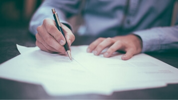 What's the Difference Between An Offer Letter And A Contract?